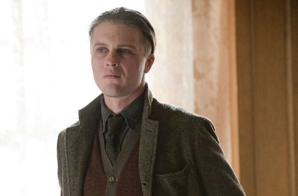 "Michael Pitt spiller rollen som James ""Jimmy"" Darmody"